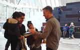 2-jarige Vince is de 100.000ste bezoeker van Forum Groningen: zo ziet de drukte eruit