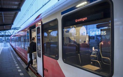 Let op! Er staan straks codes als RE1 en RS3 op de treinen van Arriva in Groningen en Friesland. Maar wat betekenen ze?