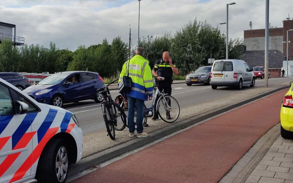 Fietser gewond na botsing met andere fietser in Groningen.