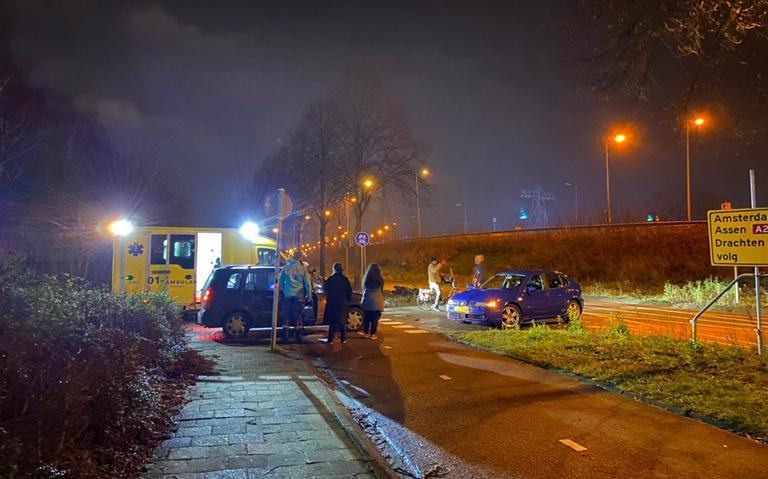 Scooterrijder gewond bij aanrijding op de Lubeckweg.