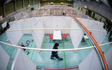 In Duitsland wordt werk gemaakt van het inrichten van honderden vaccinatiecentra. Zoals hier in een sporthal.