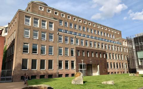 Pandjesbazen ruziën voor de rechter om voormalig KPN-gebouw in Groningen: frustreert vastgoedondernemer Joshua Camera bewust de verkoop?