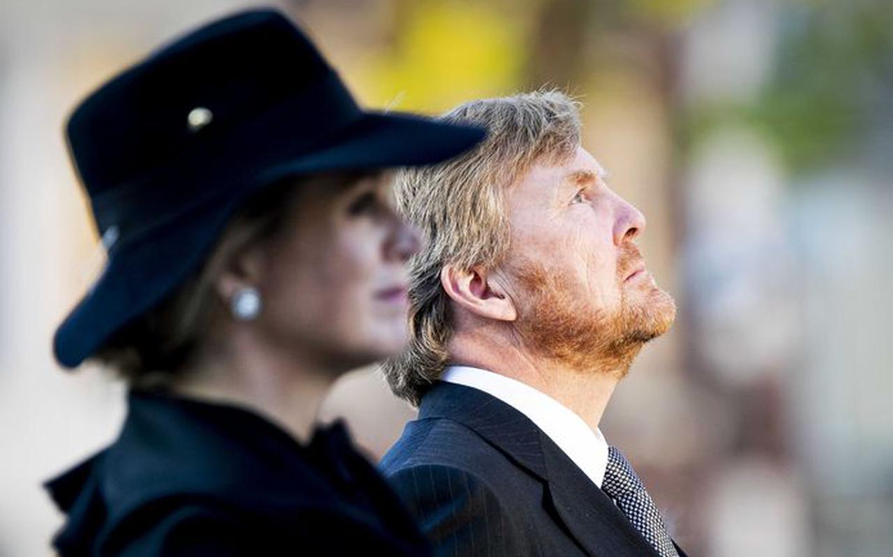 Koning Willem-Alexander en koningin Maxima tijdens de Nationale Dodenherdenking op de Dam.