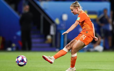 Ingeving Jackie Groenen redding voetbalvrouwen
