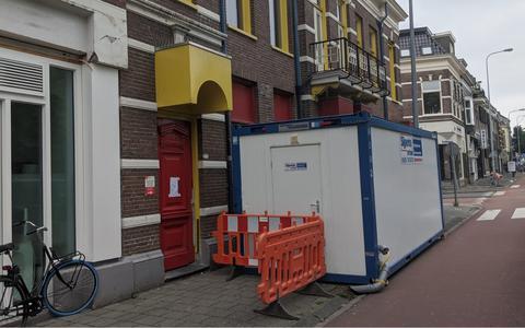 Woningstichting laat vijftig bewoners in Groningen 'op straat' douchen: 'Dit lijkt me zeer onverantwoord in coronatijd'
