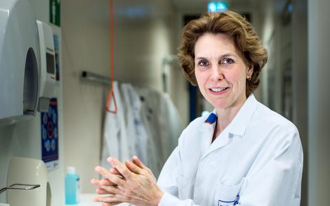 'Werkt drop tegen het coronavirus?' Viroloog Coretta Van Leer van het UMCG beantwoordt vele vragen over Covid-19