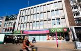De V&D's van Groningen en Drenthe zijn vandaag precies vijf jaar dicht. Maar missen we de winkel of alleen de roltrappen?