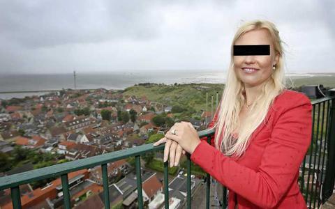 Ex-vuurtorenwachter Nicolette van B. van Brandaris op Terschelling vervolgd om seks-appjes. Ze klaagde zelf jarenlang over een pestcultuur