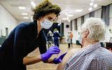 Trombose-experts willen doorprikken met AstraZeneca-vaccin: 'Verband tussen vaccin en bloedstolling is verklaarbaar'