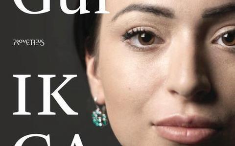 De roman Ik ga leven van Lale Gül staat hoog in de bestsellerlijsten, lees hier onze recensie