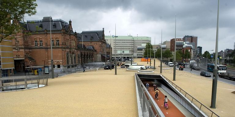 Huidige fietsenkelder voor het Groninger station. FOTO ARCHIEF DVHN