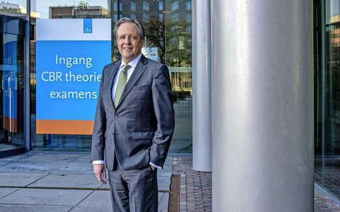 CBR wil weer rijexamens afnemen: 'Wij zijn cruciale schakel in de economie'