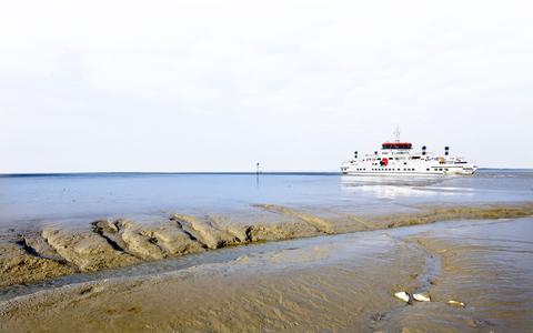 Sowieso geen tunnel naar Ameland, wel meer onderzoek naar verplaatsen pier Holwerd