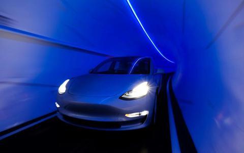 Een hyperloop met 240 kilometer per uur: zo maakt Tesla het mogelijk