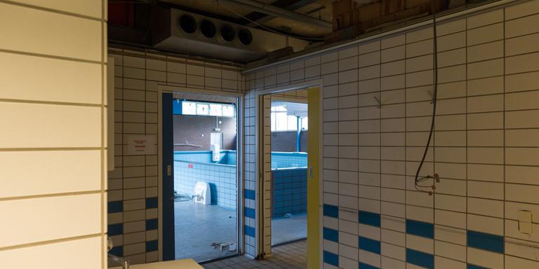 De renovatie van het zwembad is begonnen. Foto: zwembad Plons