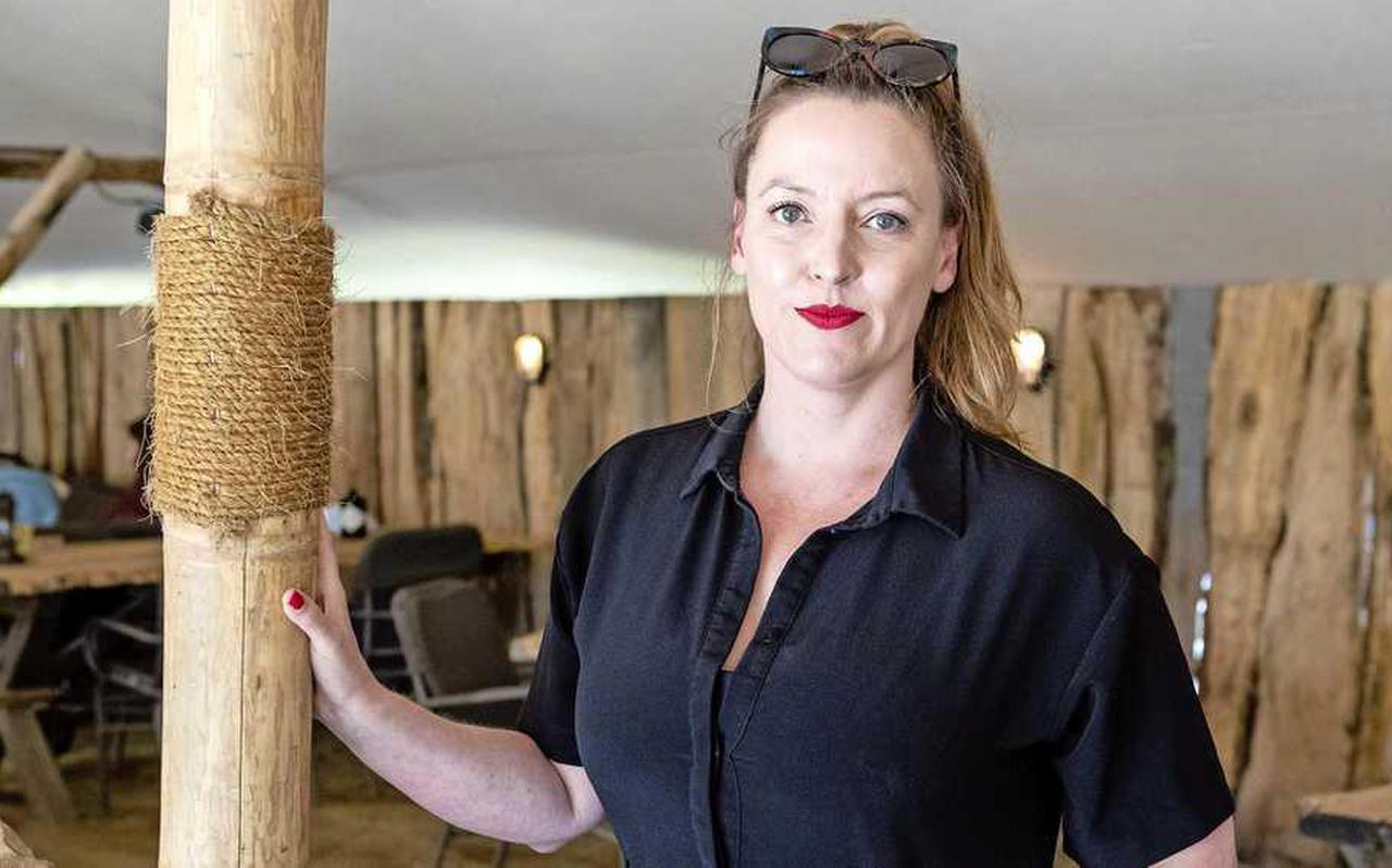 Als hoofd van de succesvolle Uitgeverij Inside is Marieke Derksen veel meer dan 'de dochter van'.