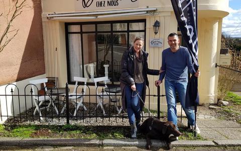 Ronald en Janine uit Zuidlaren overladen met reacties na deelname 'Ik vertrek': 'je ziet nog geen derde van de ellende'