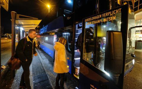Qbuzz start nieuwe dienstregeling: In de gordel in de spits als een speer van Groningen naar Emmen (update)