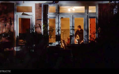 De vreemde wending in het onderzoek naar de moord op Els Slurink uit Groningen stuit op vragen. 'Een inbreker moordt niet zo snel'