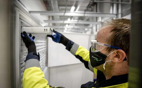 Experts kraken oproep Kuipers en Gommers over vaccinatie: 'Schoenmaker, blijf bij je leest'