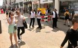 Miljoenen Nederlanders mijden nieuws over corona: 'Het draagvlak voor de regels en interesse neemt zeker onder mensen tot 55 jaar flink af'