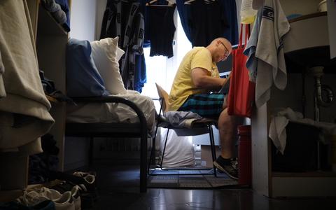 Video: Kenneth is de langstzittende gedetineerde in Norgerhaven 'Mijn leven stond in het teken van criminaliteit'