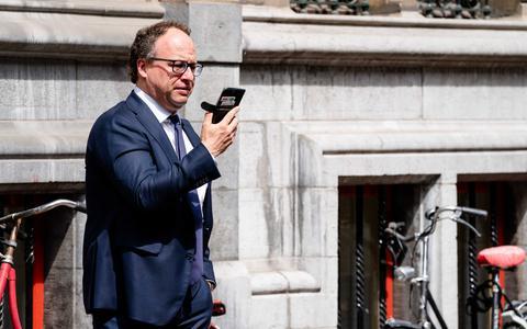 Minister Wouter Koolmees: 'Het schrappen van de ontslagboete betekent het behoud van banen'