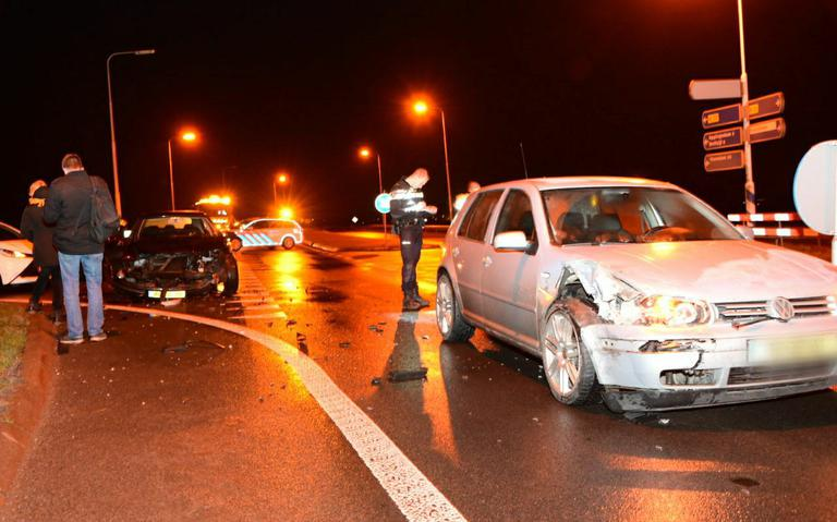 Flinke schade bij ongeluk op N33 bij Holwierde.