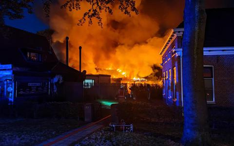 De brand in Exloo. Van Oost Media.