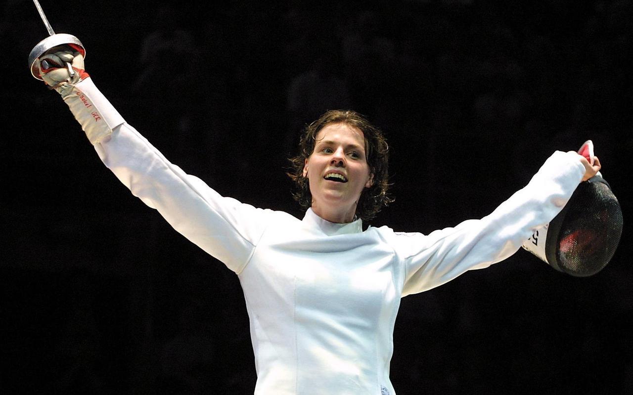 Claudia Bokel wint in 2011 het WK schermen in Frankrijk.
