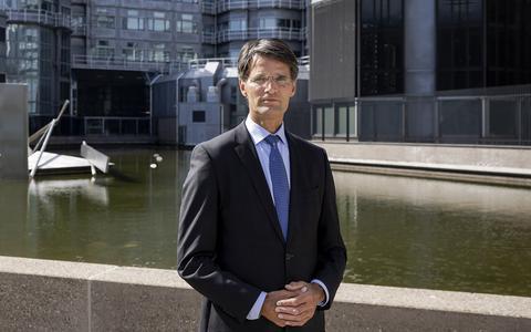 Portret van Erik Akerboom, directeur-generaal van de AIVD.
