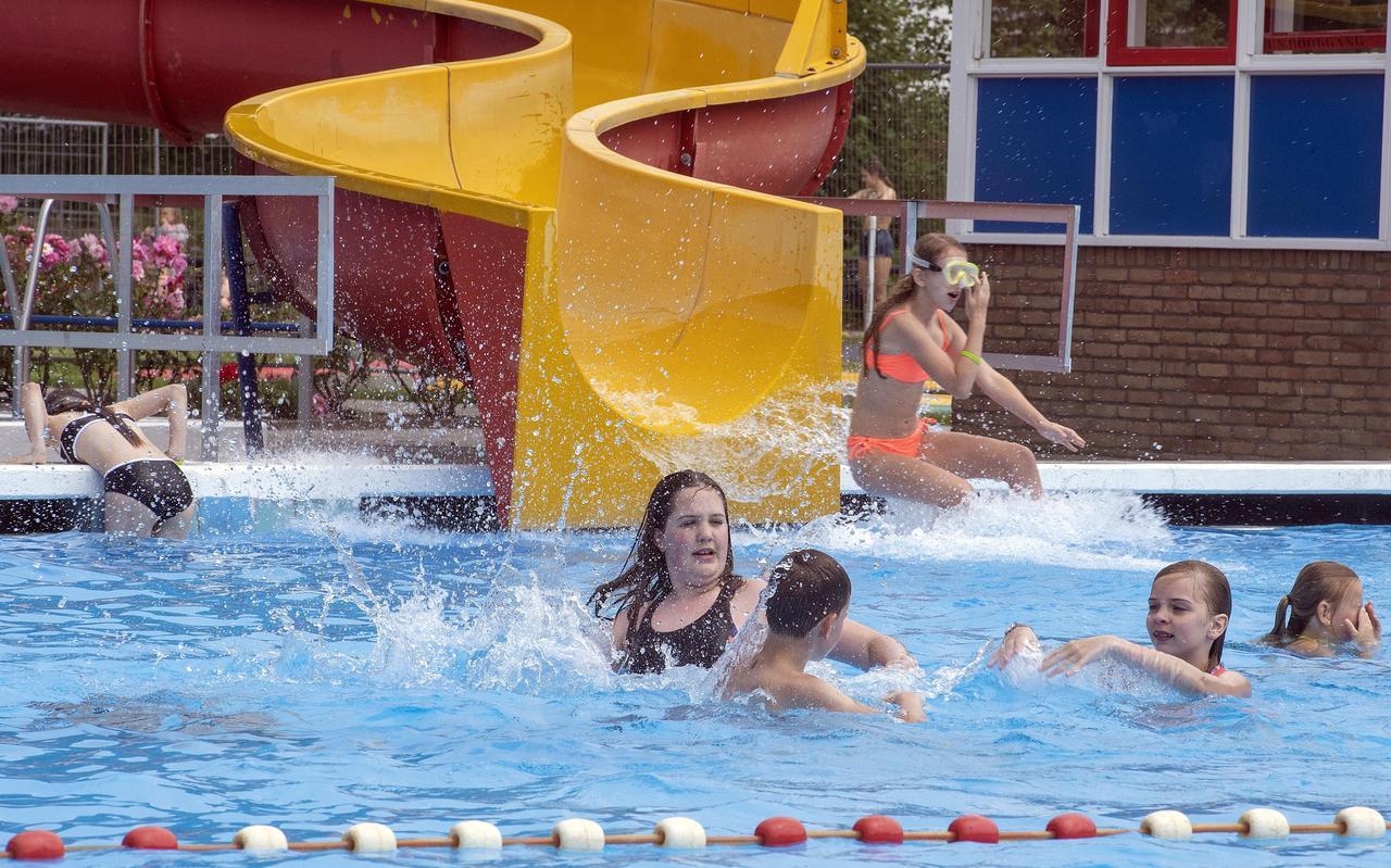 Bij zwembad De Horsten in Musselkanaal wordt waarschijnlijk 'een klein plusje' gedraaid na een raar zwemseizoen.