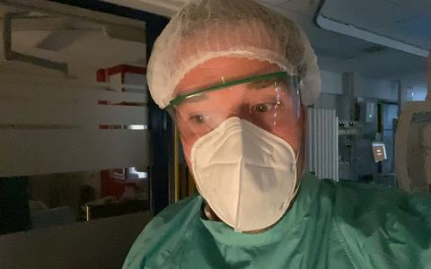 Intensive care vlogger Dennis kijkt terug op de afgelopen maanden: 'Ik hoop dat we het niet nog eens zo voor de kiezen krijgen'