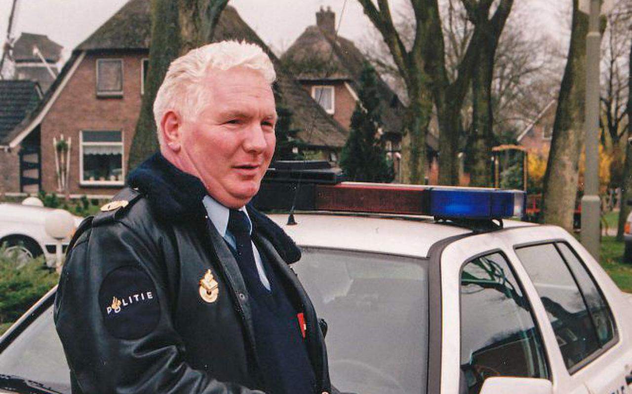 Harry Elzer in zijn element als politieman.
