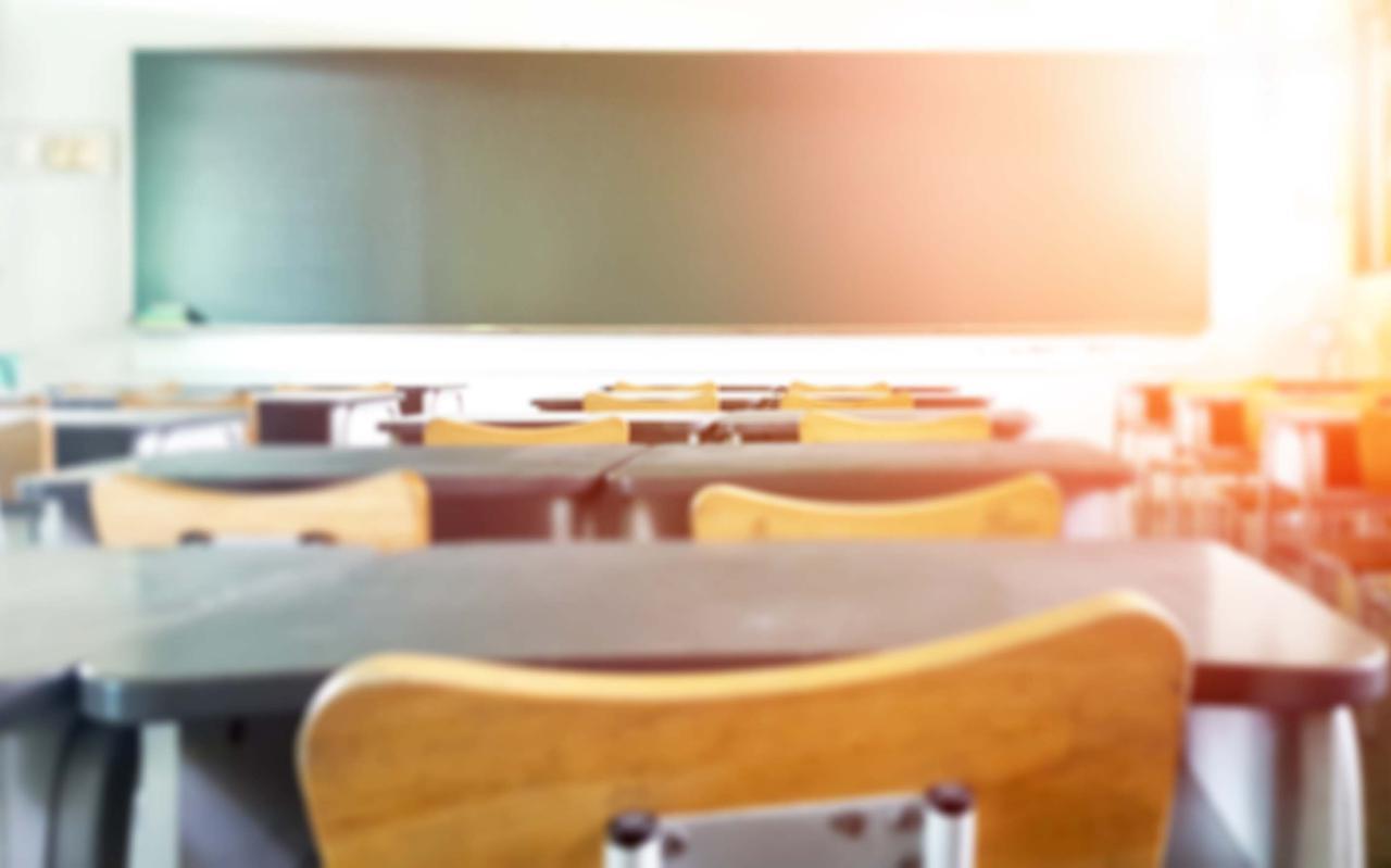 Lege schoolklassen door corona.