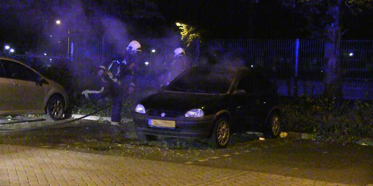Auto uitgebrand in Meppel. FOTO PERSBUREAU METER