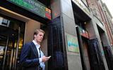 AEX schiet boven de 700 punten. Hoe kan het dat de beurs in crisistijd record na record breekt?