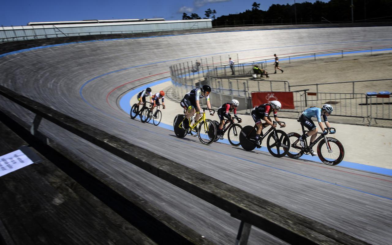 De wielerbaan in Assen was decor van het NK Baanwielrennen in 2021.
