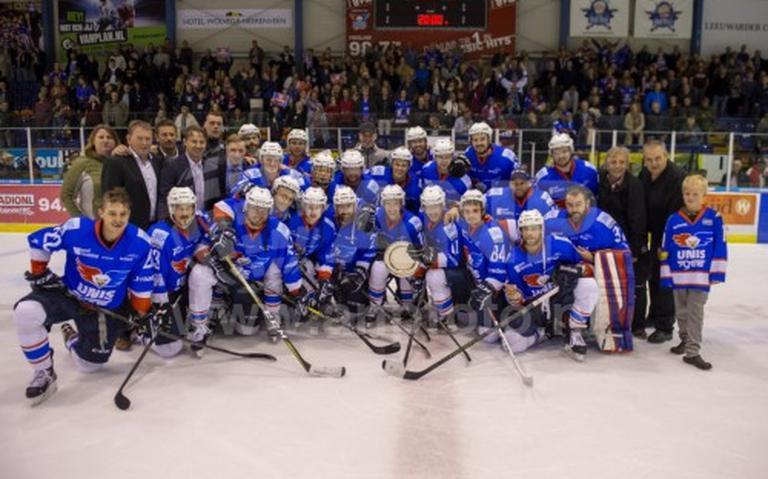 Flyers opent seizoen met winnen Ron Berteling Schaal