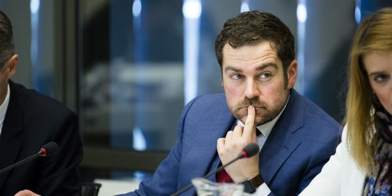 Staatssecretaris Klaas Dijkhoff tijdens het debat over het gevangeniswezen. FOTO ANP/BART MAAT