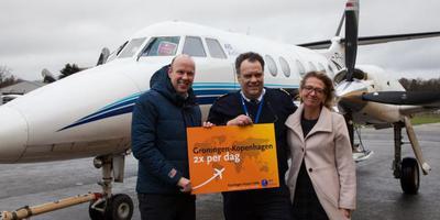 Vorig jaar maart werd de vlucht van AIS naar Kopenhagen feestelijk binnen gehaald op Eelde.