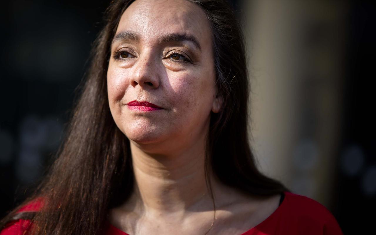 GroenLinks-wethouder Isabelle Diks werkt aan een maatschappelijk akkoord tegen de armoede in Groningen. ,,We zitten op een bom duiten die sneller bij de mensen moet terechtkomen.''