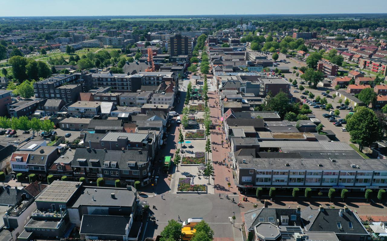 Het Hoogeveense koopcentrum vanuit de lucht