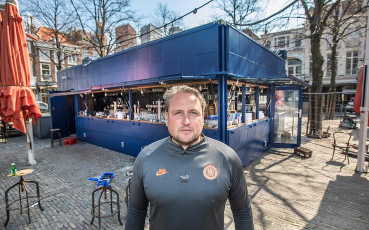 John Prins van Café Luden op het Plein.