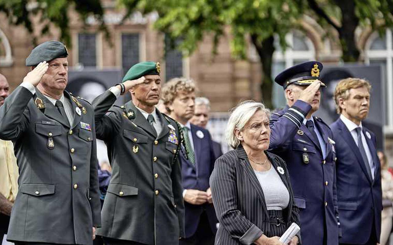 Minister Bijleveld tijdens de Srebrenica-herdenking van 11 juli vorig jaar die zij 'echt een keerpunt' noemt.