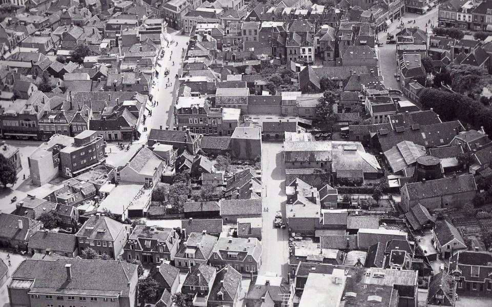 Luchtfoto van het Asser centrum.