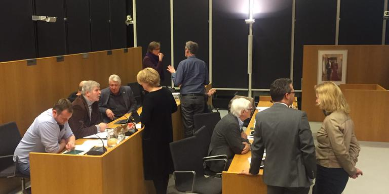 Druk overleg in de gemeenteraad van Tynaarlo. Foto DvhN