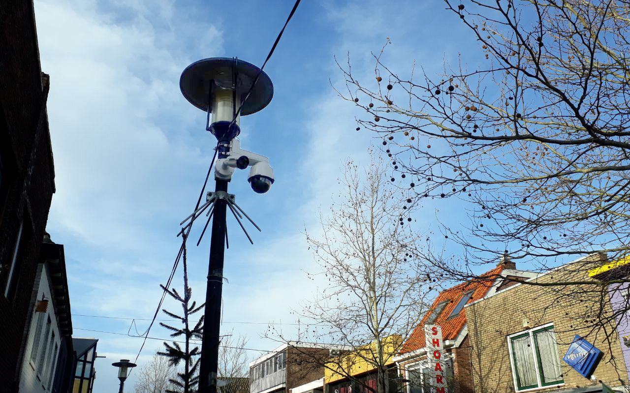 Bewakingscamera's in de Rolderstraat in Assen.