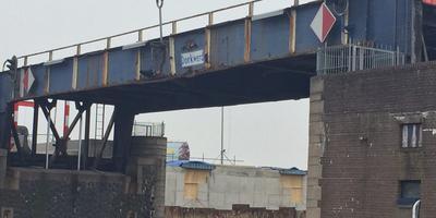 De brug bij Dorkwerd. FOTO ARCHIEF DVHN