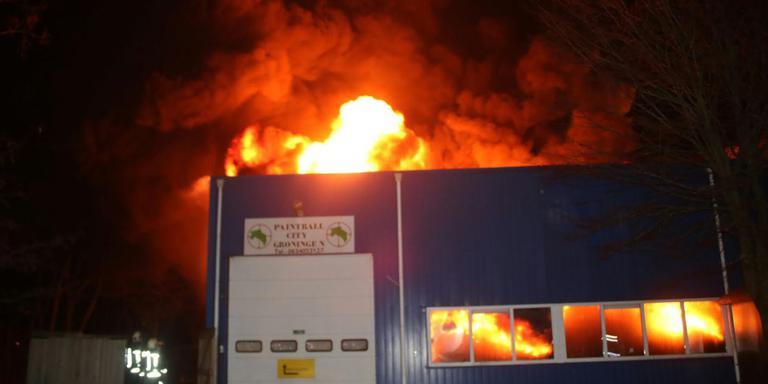 Paintballcentrum Protonstraat in brand. Foto Martin Nuver